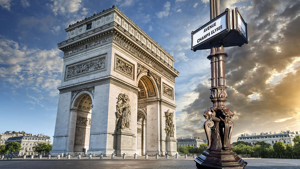 Drawing Hotel - Edit_Paris4.jpg