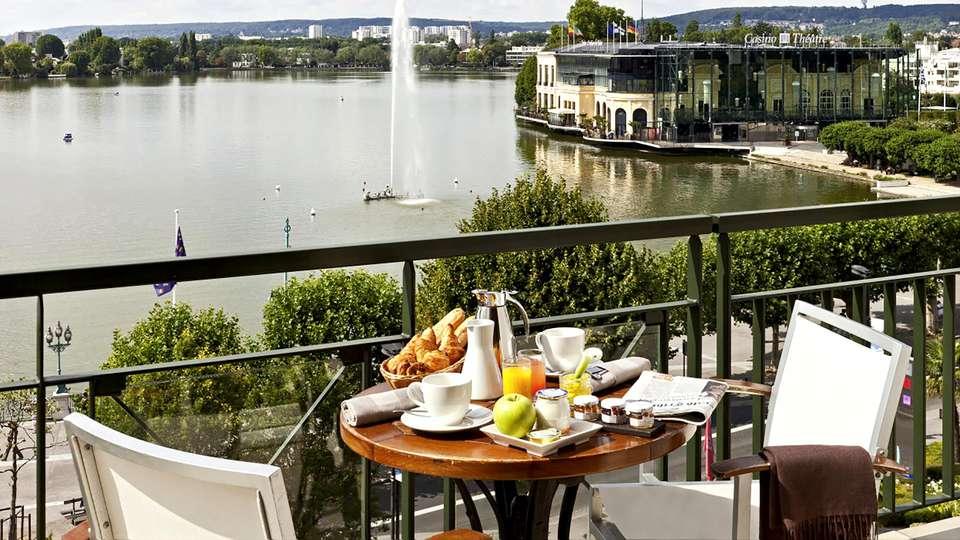 Hôtel Barrière L'Hôtel du Lac - EDIT_NEW_TERRACE.jpg