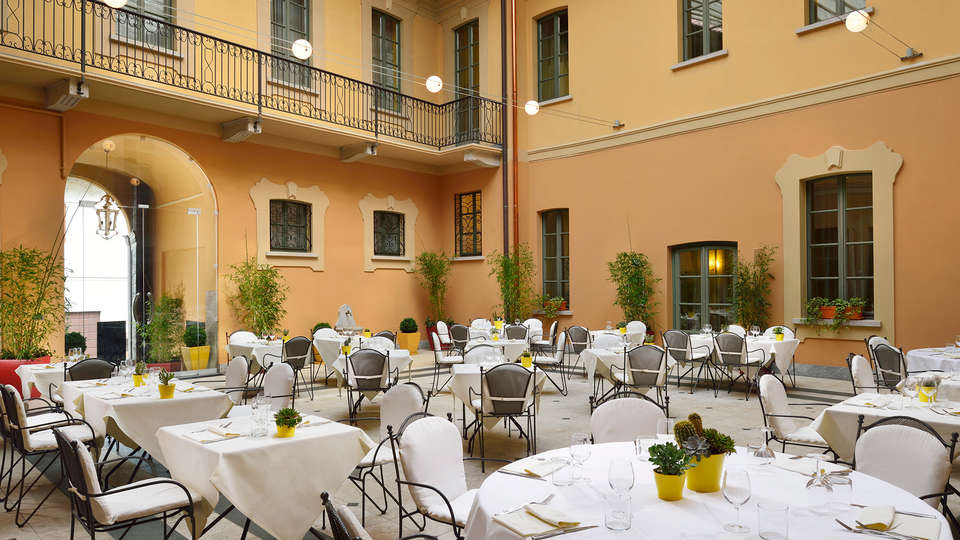 BEST WESTERN Villa Appiani - Edit_Terrace.jpg