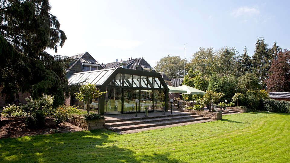 Logis Hotel De Tuinkamer - EDIT_NEW_Garden.jpg