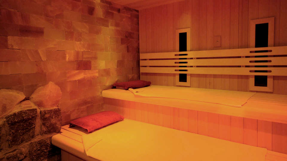 La Merveilleuse by Infiniti Resorts - Edit_Sauna.jpg