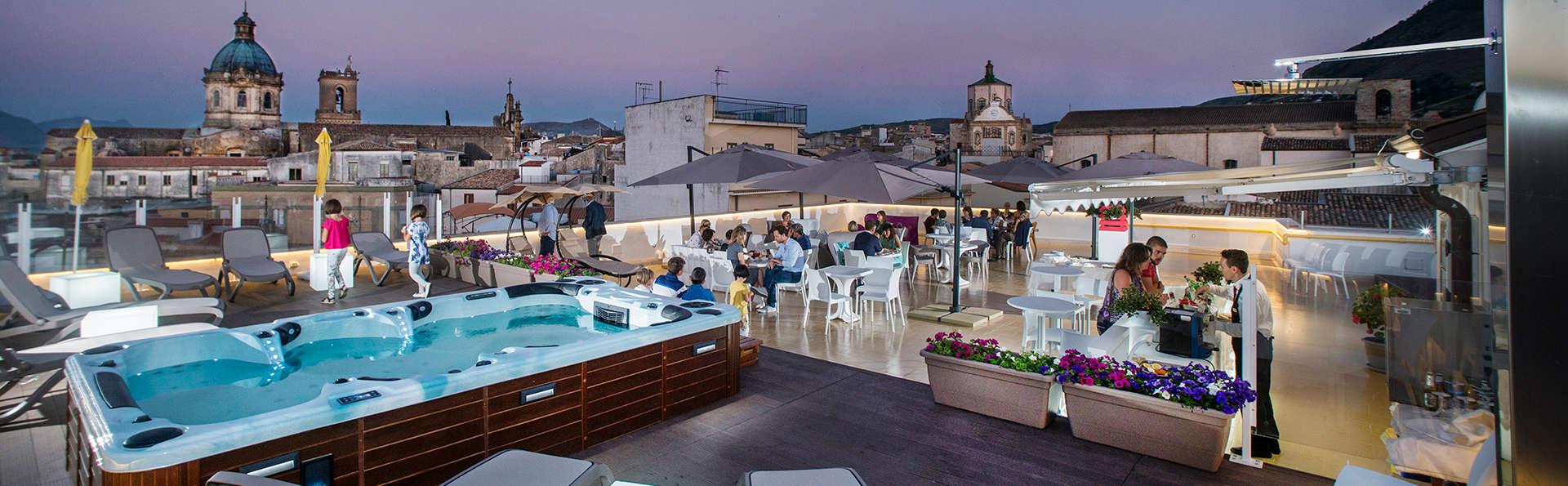 Hotel Centrale - Alcamo - EDIT_NEW_Terrace.jpg