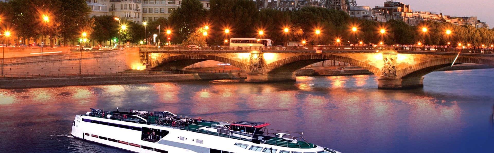 VIP Paris Yacht Hotel - Edit_View2.jpg