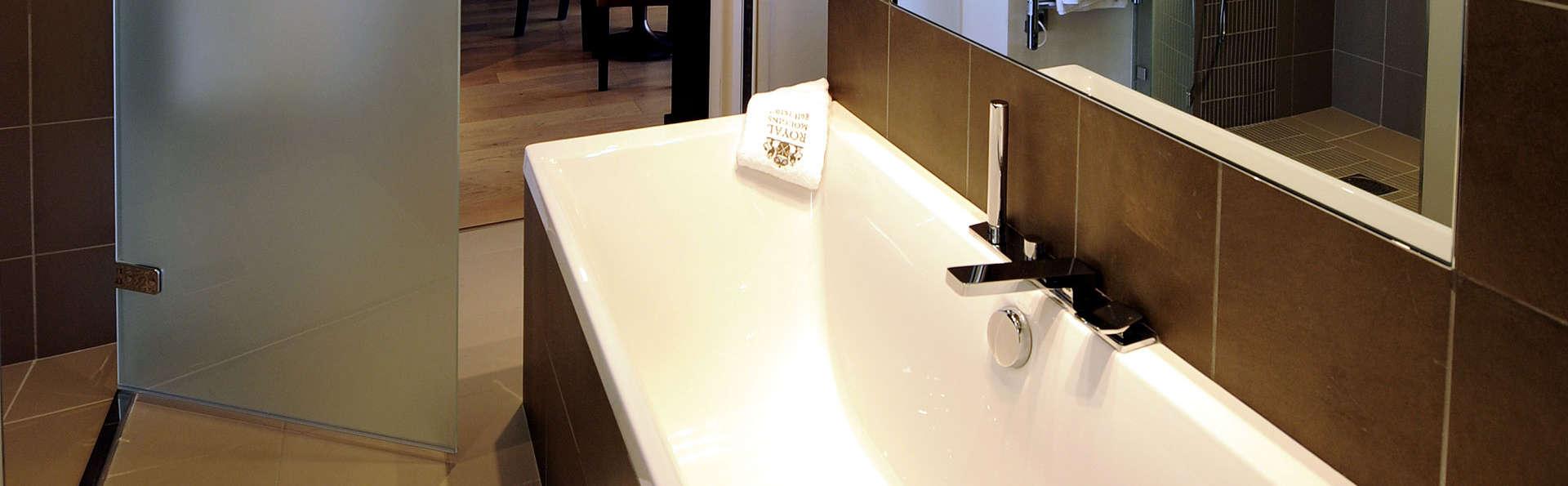 Royal Mougins Hôtel - Edit_Bathroom.jpg
