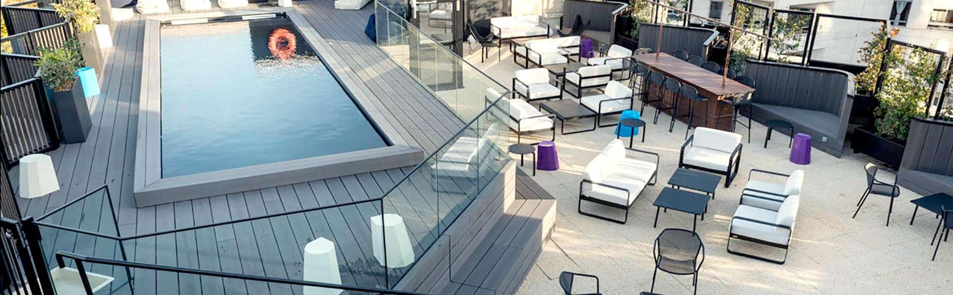 Mercure Paris Boulogne - Edit_Pool.jpg