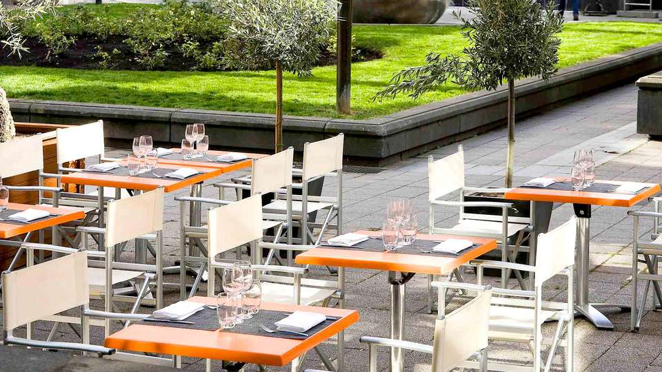 Mercure Paris Boulogne - Edit_Terrace.jpg