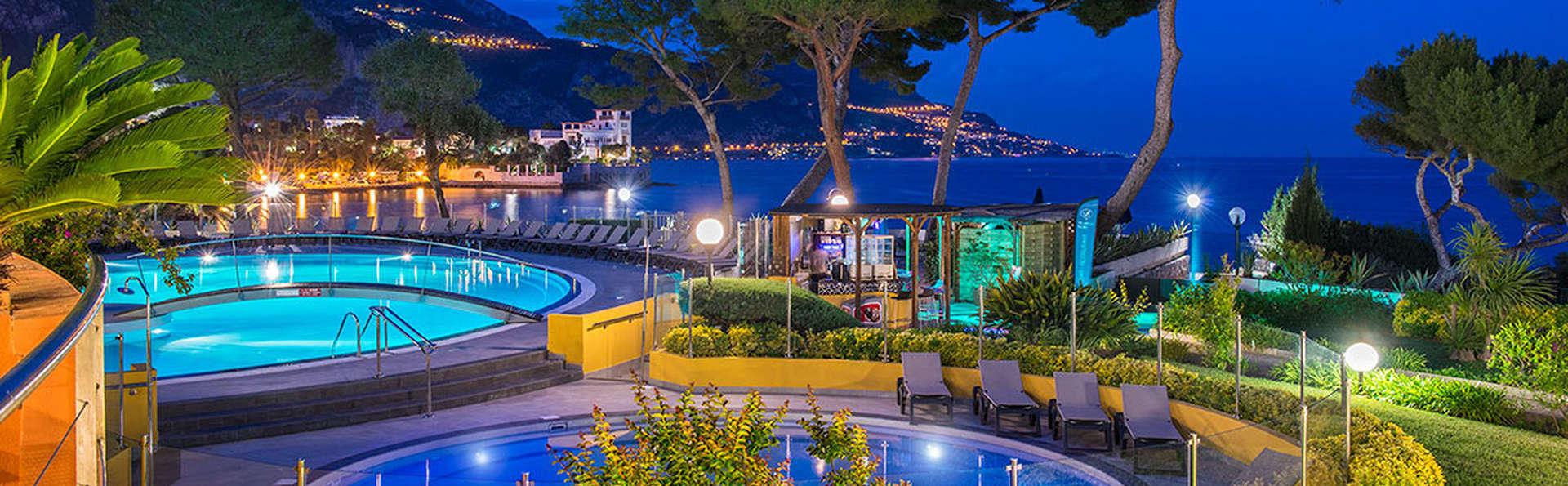 Hôtel Vacances Bleues Delcloy - Edit_Pool10.jpg