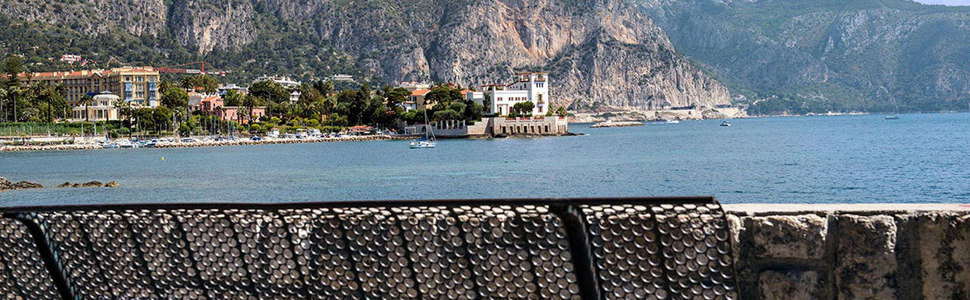 Hôtel Vacances Bleues Delcloy - edit_Destination.jpg