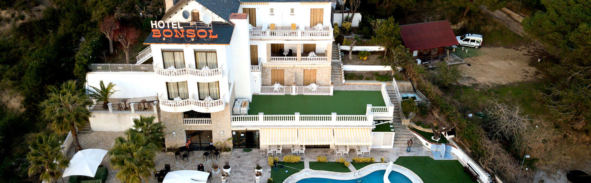 Hotel Bonsol - EDIT_NEW_FRONT.jpg