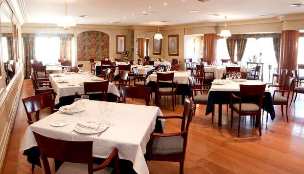 Escapada con cena típica regional  de Navarra y visita a la Bodega del Marqués de Montecierzo