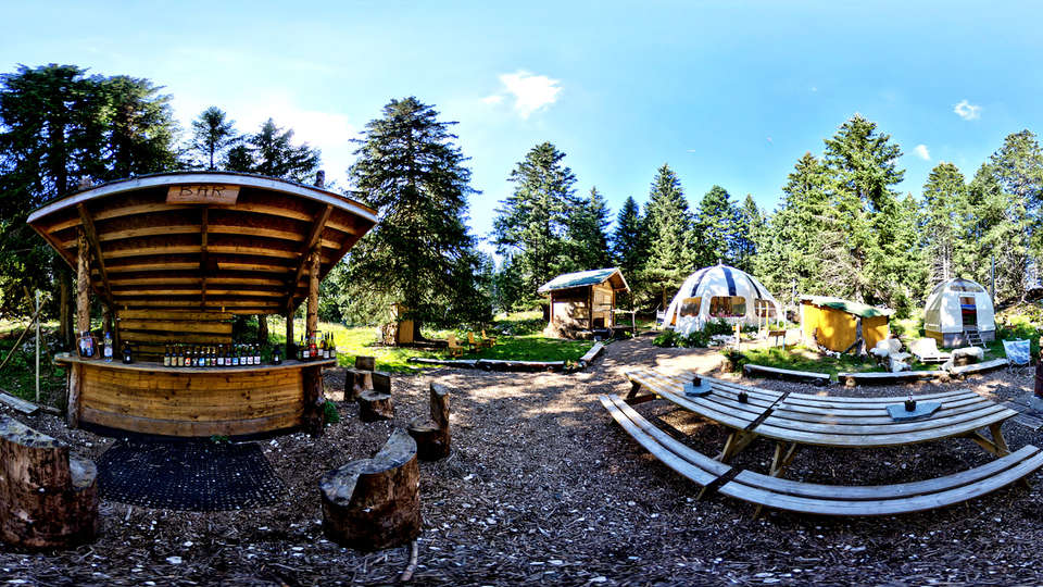Eco Bivouac Village d'Igloos d'Annecy-Semnoz - Edit_Outside.jpg