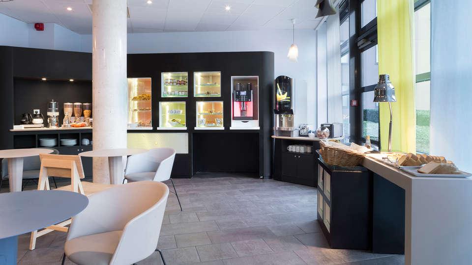 Novotel Suites Paris Roissy CDG - EDIT_NEW_Buffet.jpg