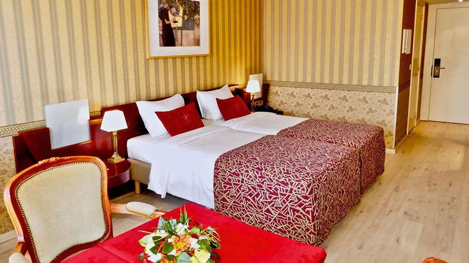 Hotel de'Medici  - EDIT_NEW_Standard.jpg