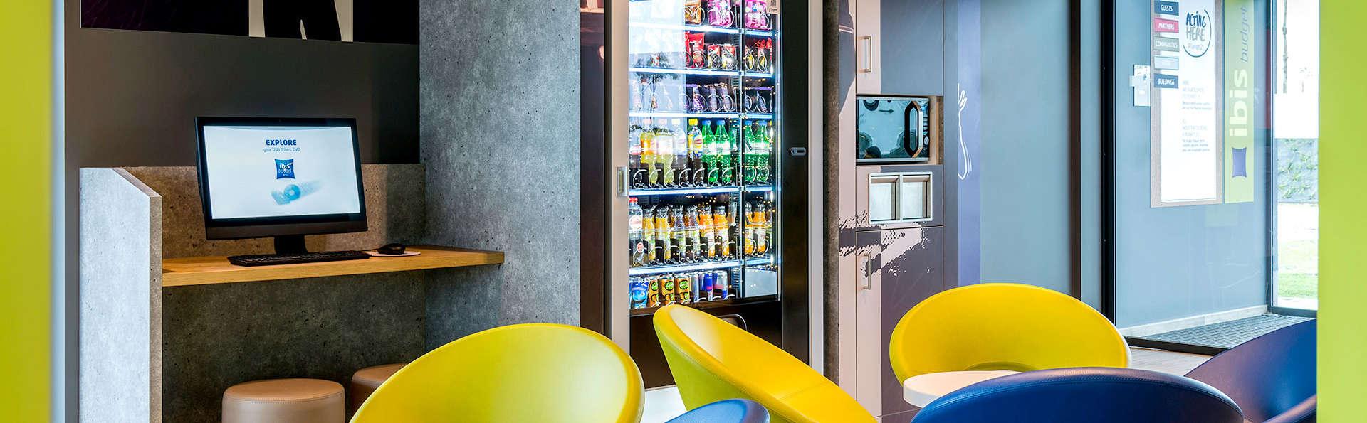 ibis Budget Oostende Airport - EDIT_NEW_LOBBY.jpg