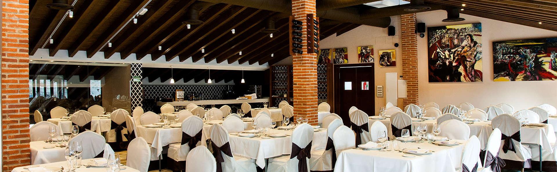 Abadía de San Martín - Edit_Restaurant4.jpg