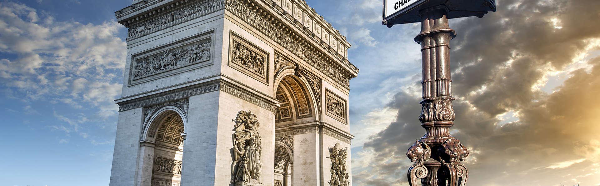 Hôtel Elysées Bassano - Edit_Paris4__1_.jpg