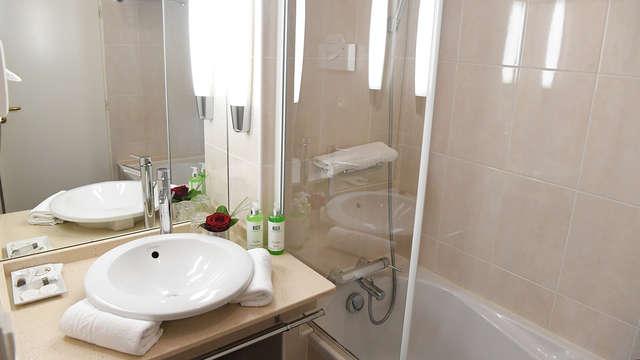 Hotel Georges VI - Biarritz - NEW Bathroom