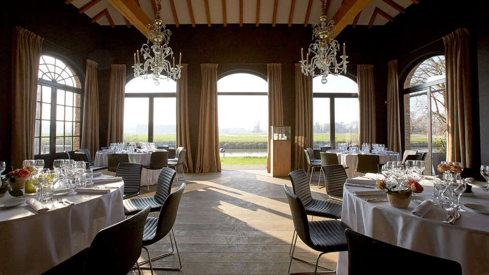 Auberge du Pêcheur - Edit_Restaurant__2_.jpg