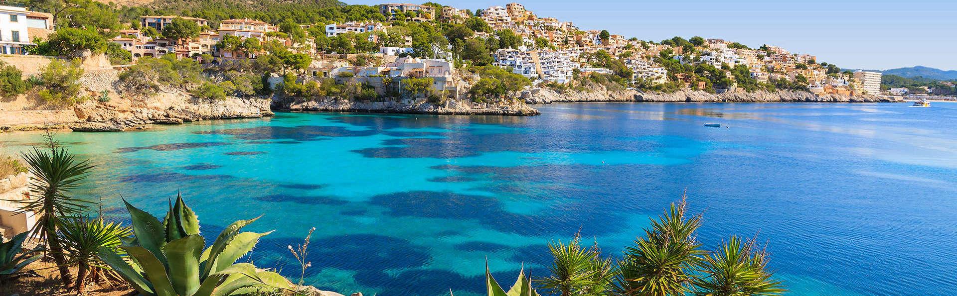 Escapada en familia a Mallorca con vistas al mar y niño gratis