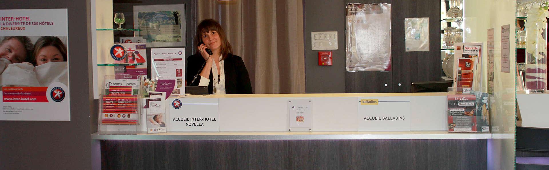 Hotel The Originals Nantes Est Novella - Edit_Reception.jpg