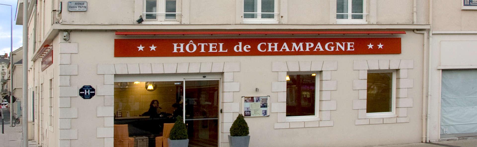 Hôtel de Champagne - Edit_Front.jpg