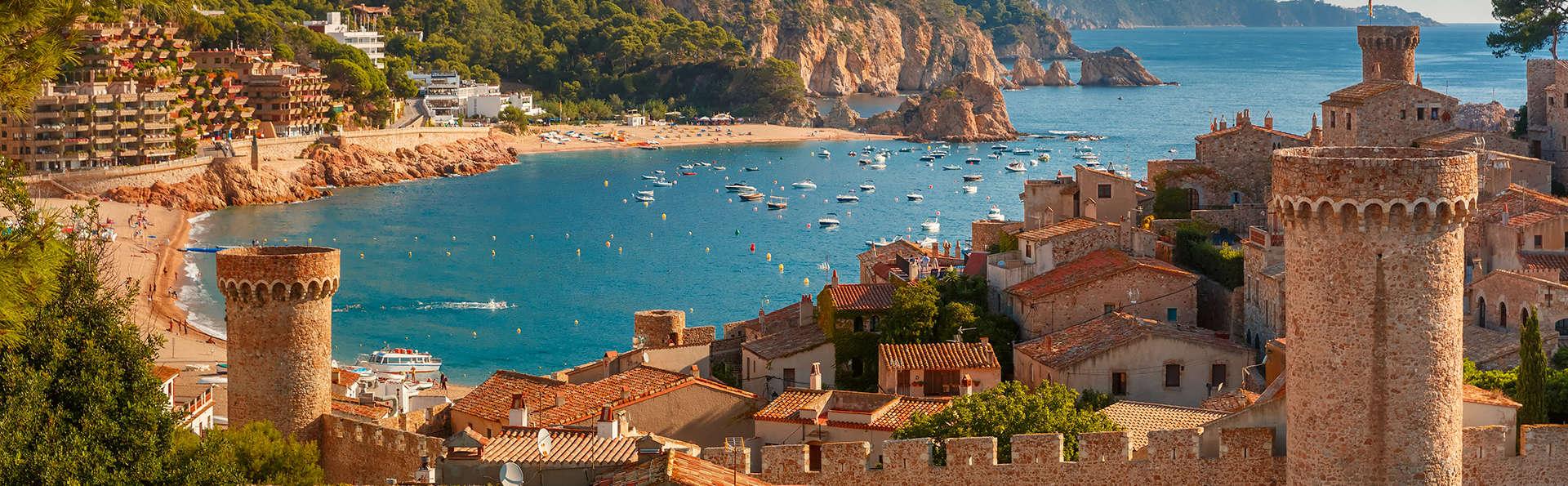 Vacances en famille ! Profitez de la Tossa de Mar avec séjour enfant inclus et formule demi-pension