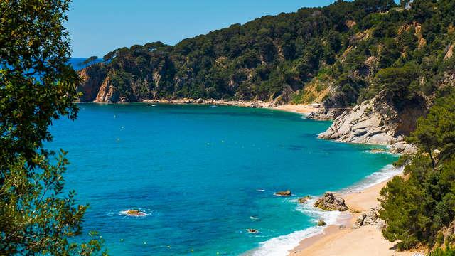 Mar, sol, playa y relax en familia en un hotel con encanto en Tossa de Mar