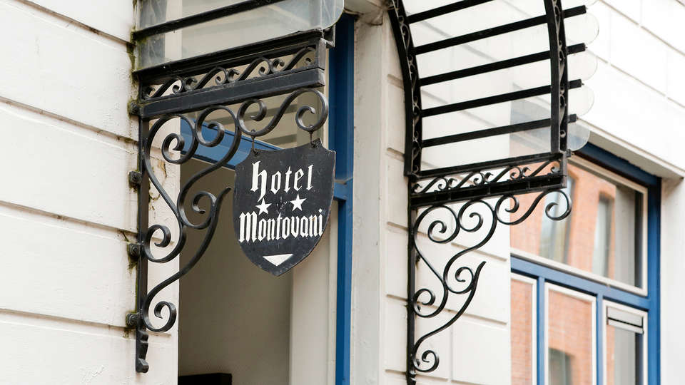 Hotel Montovani - EDIT_NEW_Front.jpg