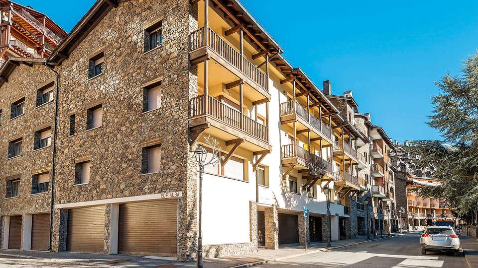 Apartamentos Andorra Alba El Tarter - Edit_Front.jpg