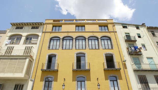 Hotel Bremon - Front