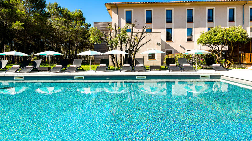 Grand Prix Hôtel et Restaurant - EDIT_NEW_POOL2.jpg