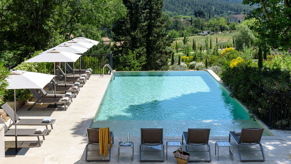 Les Lodges Sainte Victoire - EDIT_NEW_Pool2.jpg