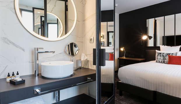 LAZ Hotel Spa Paris - NEW Bathroom