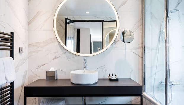 LAZ Hotel Spa Paris - NEW ExecutiveBathroom
