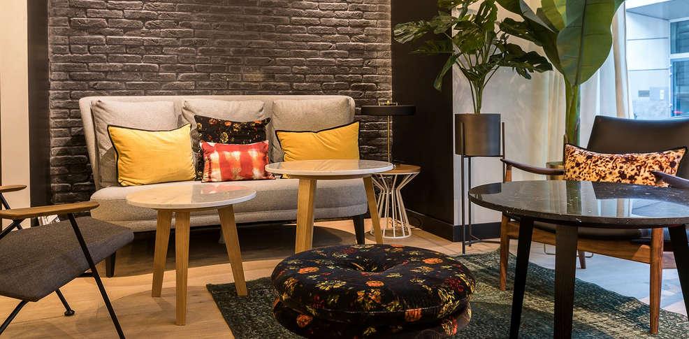 Laz h tel spa paris 4 paris france for Reservation hotel a paris gratuit