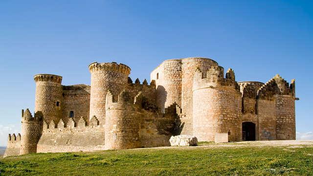 Descubre la historia de Belmonte en un Palacio del s.XVI con entradas al castillo y colegiata