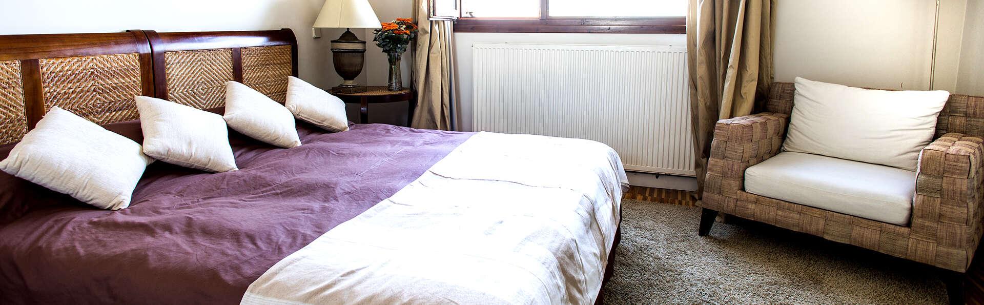 Hotel Cardamomo Sigüenza - Edit_Room8.jpg