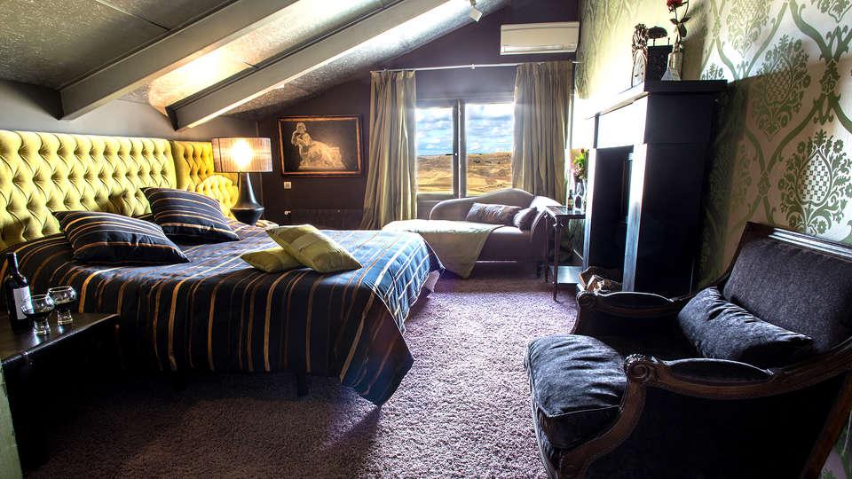 Hotel Cardamomo Sigüenza - Edit_Room13.jpg