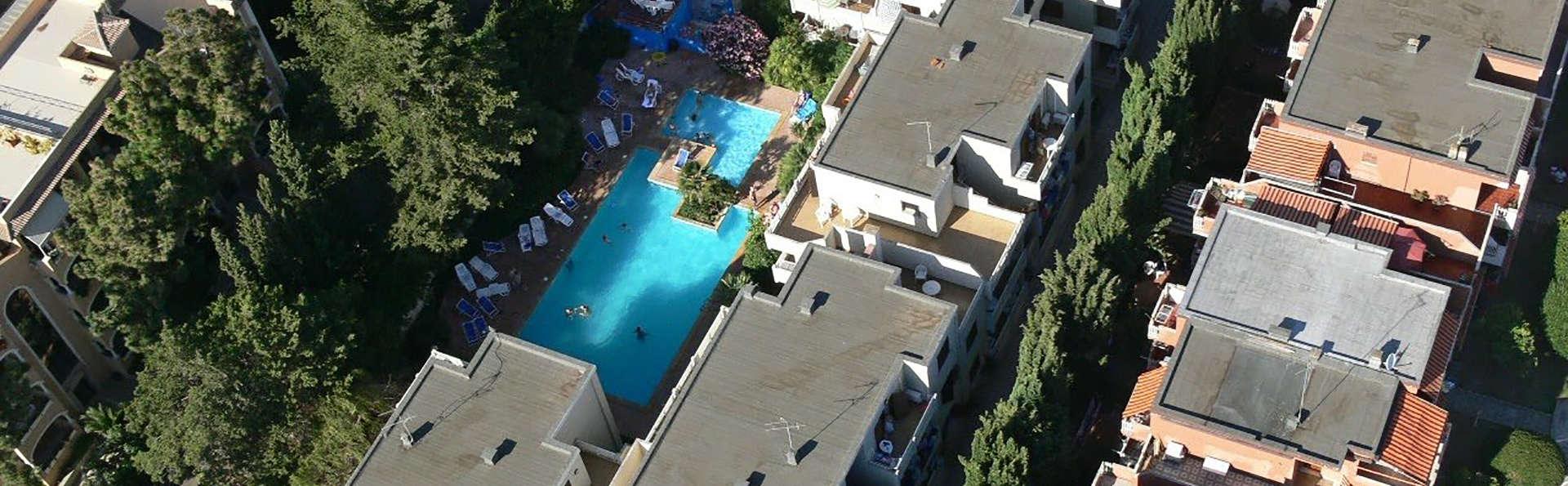Residenza gli Eucalipti - Edit_Hotel.jpg