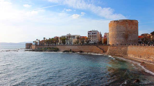 Relájate a un paso del mar cristalino en Alghero en un apartamento para 6 personas