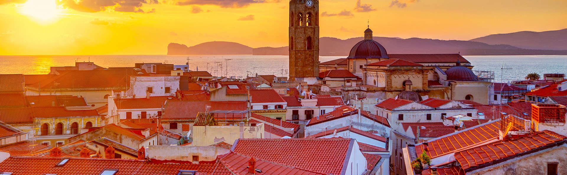 Découvrez le centre historique d'Alghero à deux pas de la plage dans un appartement pour 4 personnes