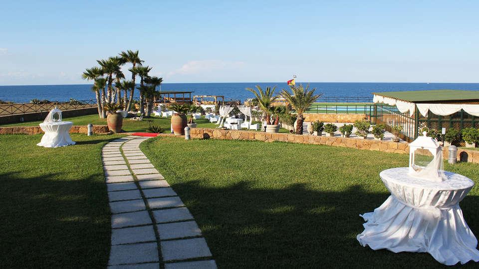Hotel Residence Capo Campolato - EDIT_NEW_Garden4.jpg