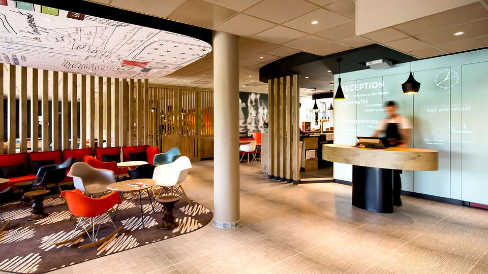 ibis Wavre Brussels East - EDIT_NEW_RECEPTION.jpg