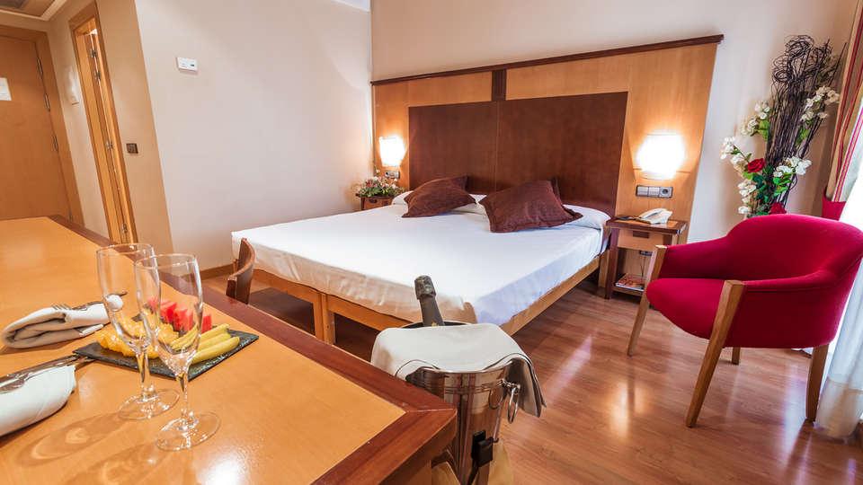 Hotel Ibb Recoletos Coco Salamanca - EDIT_NEW_Room2.jpg