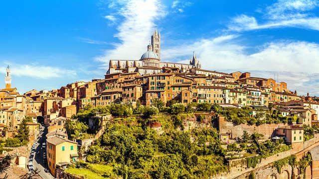 ¡Media pensión en el centro de Siena!