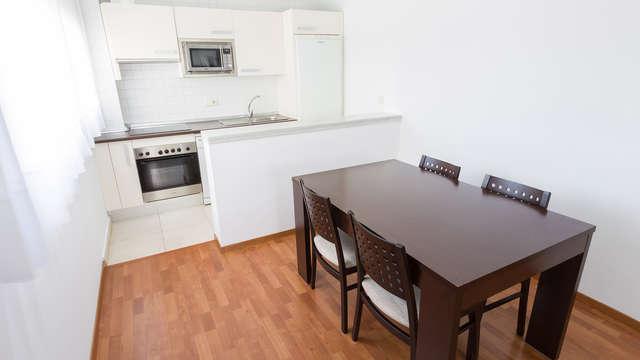 Escapada en estudio con parking gratis y cocina equipada cerca de Sevilla
