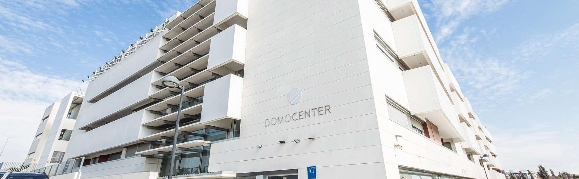 Apartamentos ELE Domocenter - EDIT_NEW_Front.jpg