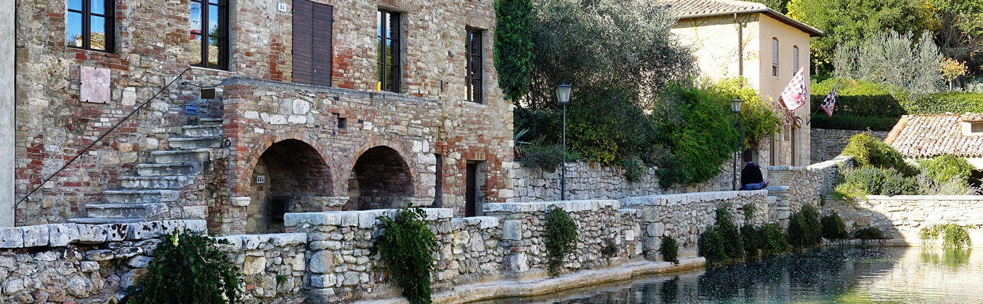 Verken de Toscaanse omgeving met wijndegustatie