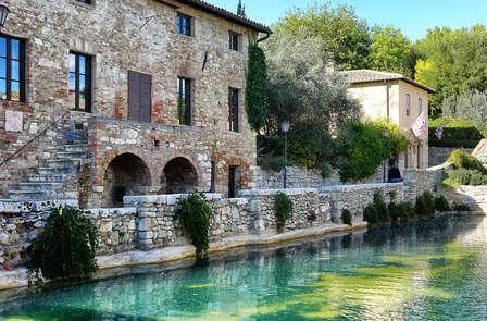 Scopri i paesaggi della Toscana con una degustazione vini