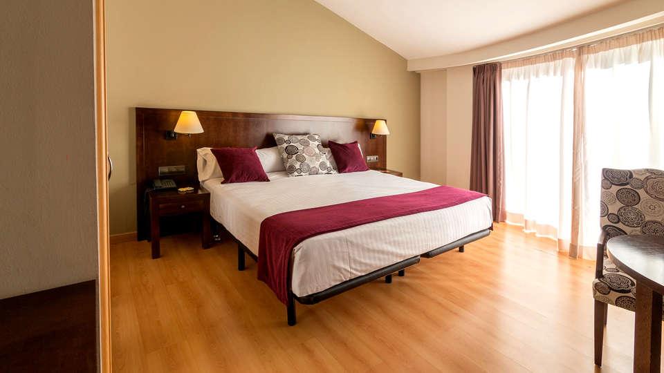 Cèntric Atiram Hotel - EDIT_NEW_ROOM6.jpg